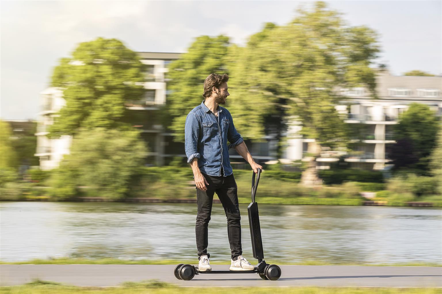 Audi e-tron Scooter (07/2019)