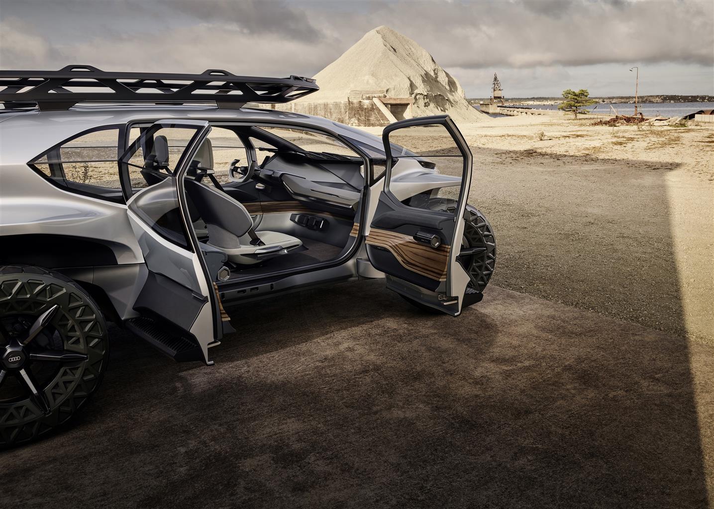 Audi AI: TRAIL quattro (09/2019)